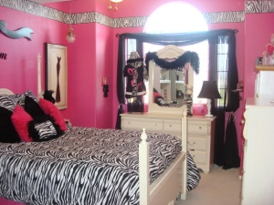 Bright Pink room