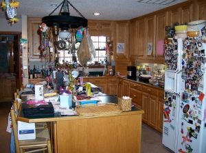 cluttered-kitchen-by-sandstep1